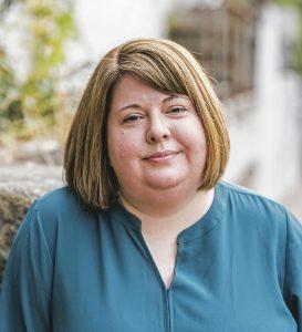 Stacey Swann Headshot